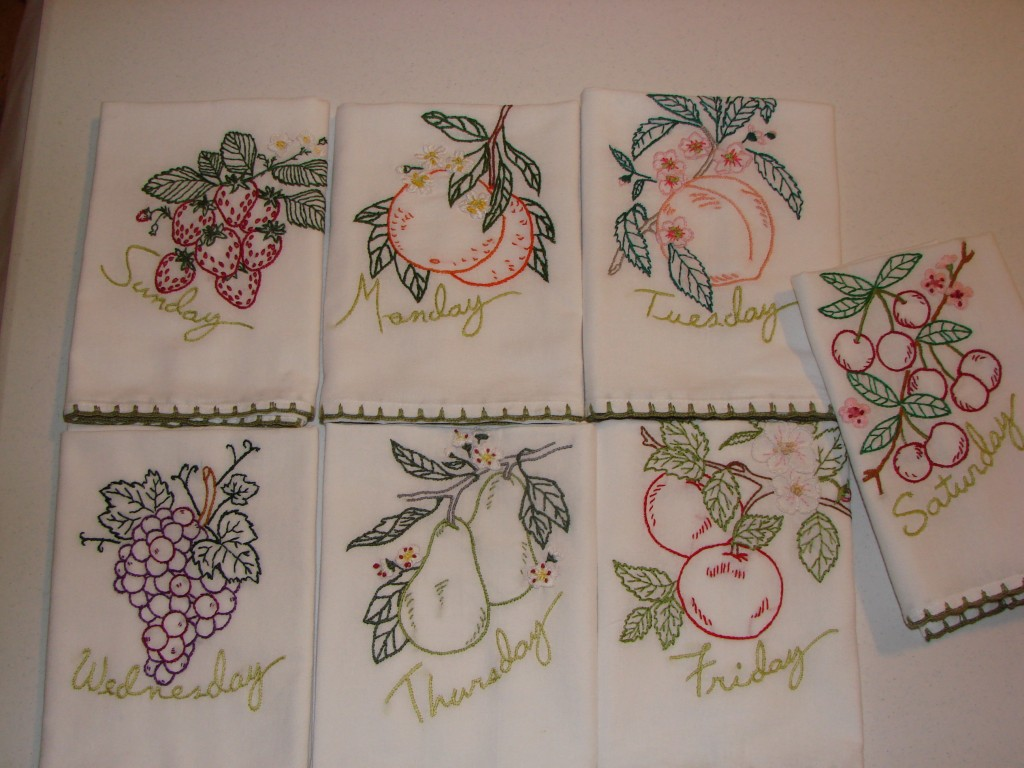 Kitchen Towel Craft Days Of The Week Tea Towels Craft Crossing